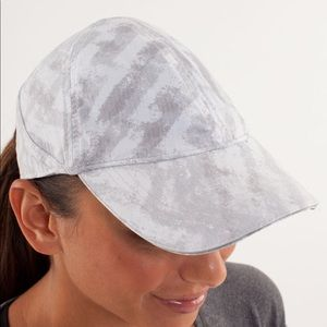 Lululemon Go the Distance Run Hat
